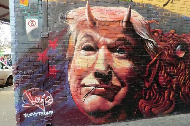 graffiti-2559636_640 (1)